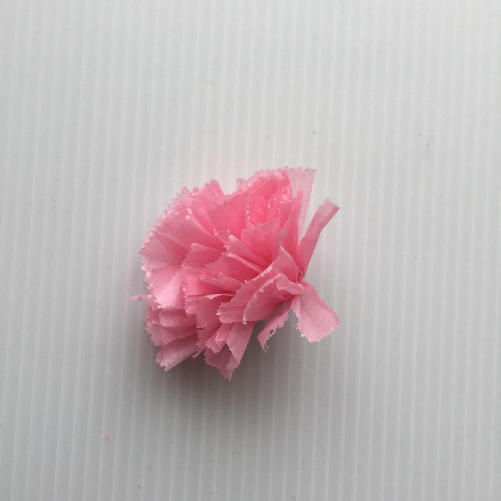 カーネーションの作り方_お花紙を広げる完成